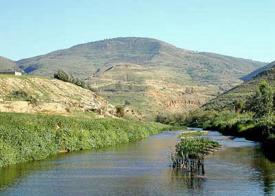 jabbok-river-with-penuel-to-east-tb031701145-bibleplaces